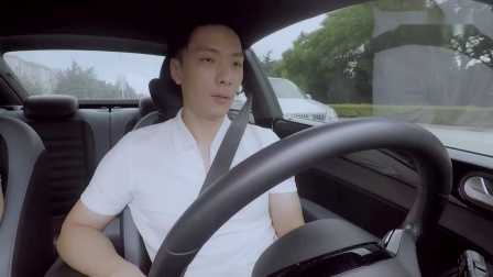 【心动的信号_天选cp】刘泽煊每天绕路4小时送向天歌上班 还带她开赛车兜风!