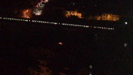 HXD2货列会HXD3C牵引客车K257次上海--成都