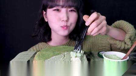 【吃播】甜品 抹茶味千层奶油蛋糕+抹茶味冰淇淋+雪糕+绿茶 满满的春天气息!