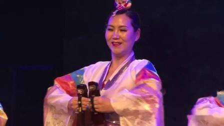 《牙拍舞》牡丹江市朝鲜族群众艺术馆