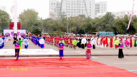 顺时针全脑开发学校参加齐齐哈尔第四届千人旗袍展示及鹤城时装节检阅
