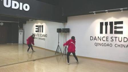火红的萨日朗舞蹈镜面教学分解 青岛爵士舞me舞蹈室