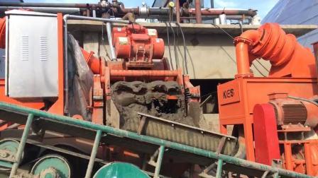 泥水分离系统现场效果 - 科盛能源机械制造河北有限公司生产设备现场拍摄视频效果