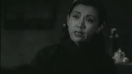 乌鸦与麻雀:老婆让女儿自己睡在屋里自己跑去打牌,男子气坏了.mp4