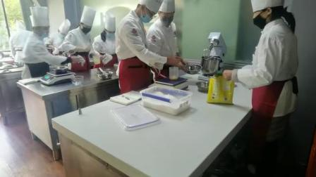 蛋糕培训#糕点培训#面包培训#烘焙培训#蛋糕学习班视频