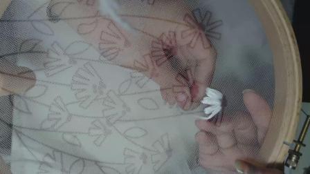 01花瓣及花芯绣法