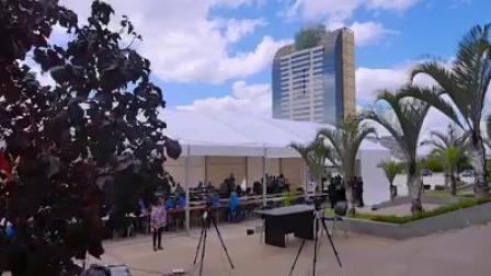 马达加斯加总统亲自安排与参加新冠集体快速检测
