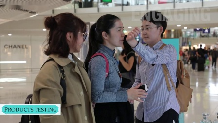 香港国际机场广告参考:TIFFANY & CO 互动体验区及360°数码图腾