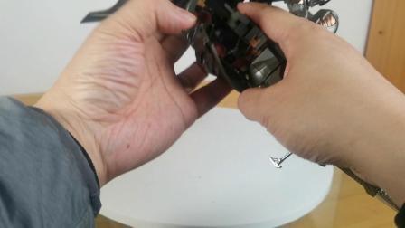 盔甲闪亮亮-绝妙的变形设计-变形金刚电影UT骑士威震天测评