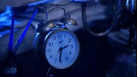 《圣·保罗医院之谜》护士深夜竟被吓.mp4