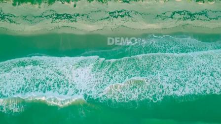 a395 2K超高清画质唯美蓝天白云海洋海水海浪波浪拍打沙滩海上夕阳诗歌朗诵节目歌曲配乐视频手机壁纸动态壁纸大屏幕舞台LED视频素材
