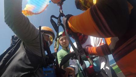巴厘岛滑翔伞体验记