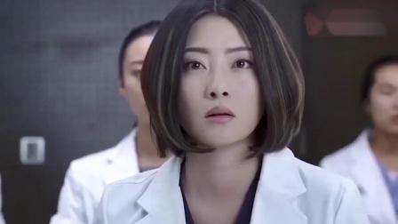产科医生:携带病毒产妇分娩时,手术刀意外插在主任脚上,咋办.mp4
