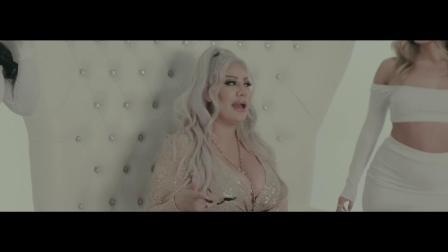 [杨晃]美国说唱女歌手Pinky Rozey 全新单曲 B.I.T.C.H