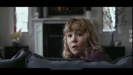 妈妈为防女儿偷吃饼干,买了个小丑饼干罐,却把真的小丑引进了家.mp4