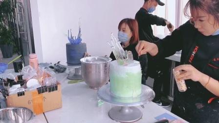 杭州学蛋糕面包哪里好?杭州靠谱烘焙甜品培训学校?