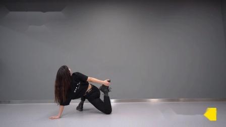 【潮引力舞蹈】爵士舞基本功拉伸热身跟练一初级版