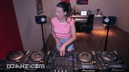 实力美女DJ Juicy M - 4CDJs混音2014