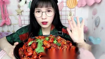 来看看4斤小龙虾到底能剥出几两肉
