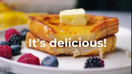 【】把厚吐司在1:1的蛋奶液中充分浸泡后,用黄油或橄榄油在平底锅内低火煎炸,最后凭自己的喜好加上果酱、黄油、培根……经典法式吐司的做法快来g...