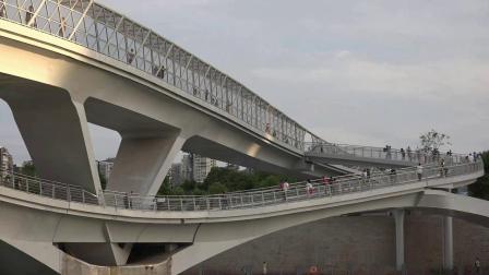 五岔子大桥_--江滩公园
