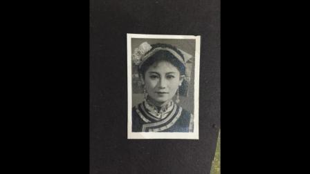 献给我的灯塔-美丽伟大母亲彭时俊(10岁胡坤演奏/母亲伴奏/妹妹报幕)/To my beautiful great mum-Peng Shijun.mov