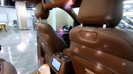 奔驰v260埃尔法原装航空座椅对比埃尔法哪个更适合商务出行