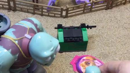 僵尸给孩子买了糖,小鬼把垃圾扔到地上,爸爸让他扔到垃圾桶里