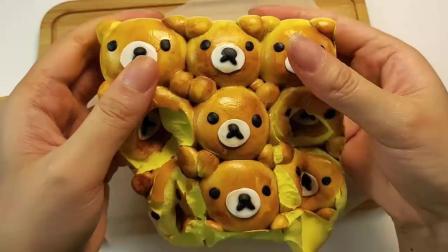 声控史莱姆新鲜出炉的小熊挤挤包,每个小熊面包都是解压球