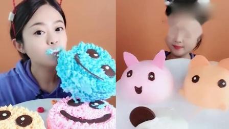 小可爱:彩色蛋糕、卡通巧克力,好想尝尝啊