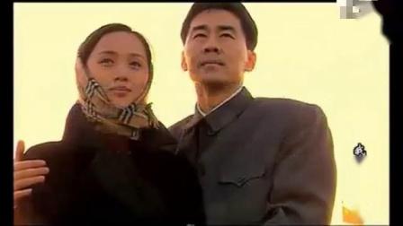 怀旧电视金曲2000我亲爱的祖国主题曲共和国之恋.mp4