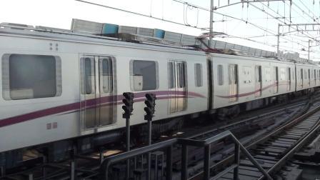 成都地铁3号线 金华寺东路站进站