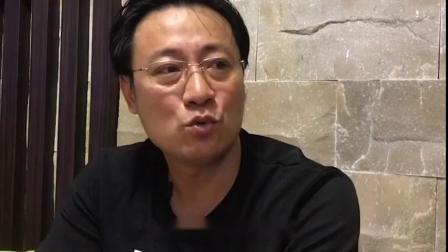 深圳一家网红奶茶店:惊现110斤宠物麝香猪,奶茶店营业额暴涨