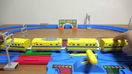 tomy普乐路路新干线超速火车加长玩法