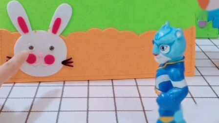 大灰狼看到胡萝卜,全部都抢走了,风暴哥哥帮助小兔子