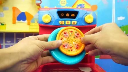 《玩乐三分钟》烤披萨的玩具小宝宝