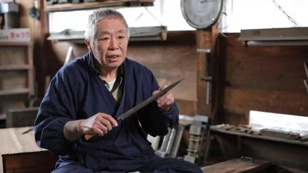 Japan's master blacksmiths are reliant on steel.mp4