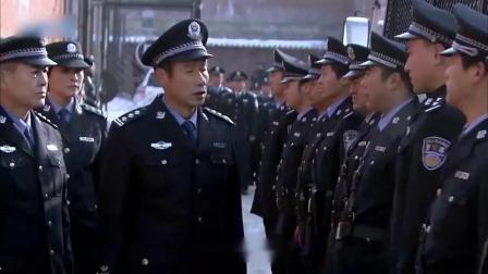 监狱搬家,全市武警、警察荷枪实弹,死囚都不敢闹事!场面太震撼