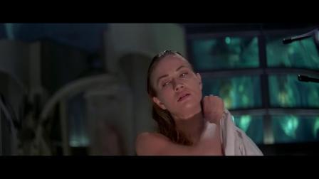 科幻片《第六日》用生命代码植入新躯体克隆人,还带着人的记忆