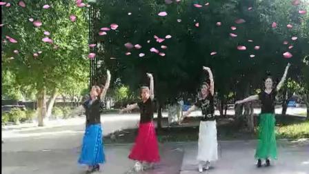 武汉江滩开心舞场广场舞:雪山阿佳_01