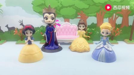 王后生日,公主们给王后准备蛋糕,谁做的蛋糕最好看?.mp4