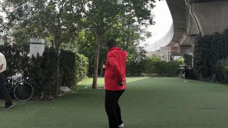 天津空竹 王金夯大师在海地空竹园展示抖空竹技艺
