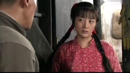 母亲:木匠在姑娘家干活,不料被姑娘看上了,一招美人计拿下他.mp4