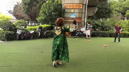 天津空竹 庆祝端午节 王姐舞长杆