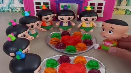 小猪佩奇玩具:大头帮助葫芦娃分辨爷爷,大头用果冻找出真爷爷,大头果然很聪明