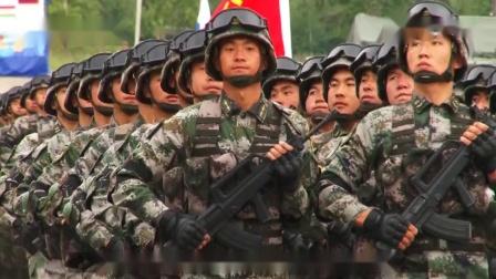 中国解放军参加俄罗斯军演阅兵,这出场气势简直太霸气