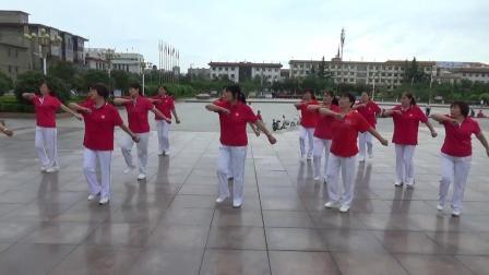 广场舞表演.MP4