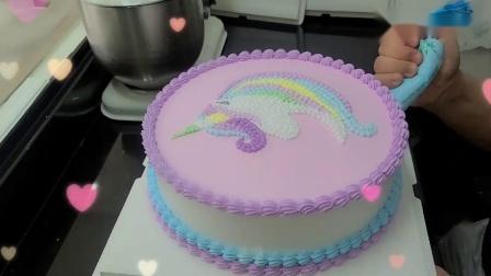 彩虹花边+手绘小马宝莉蛋糕,蛋糕师的手艺真不赖。.mp4