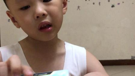小王视频第十三期——超宇宙奥特曼十元包礼盒套装