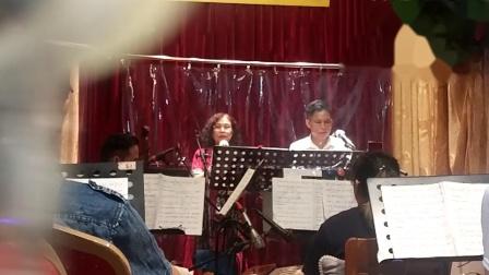 粤曲《泣血水绘圆》忠诚,玉澄唱知音乐队伴奏.mp4